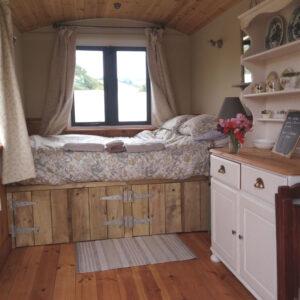 Hill View Shepherds Hut